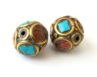 Nepalese oval brass beads - 1 bead - BD053