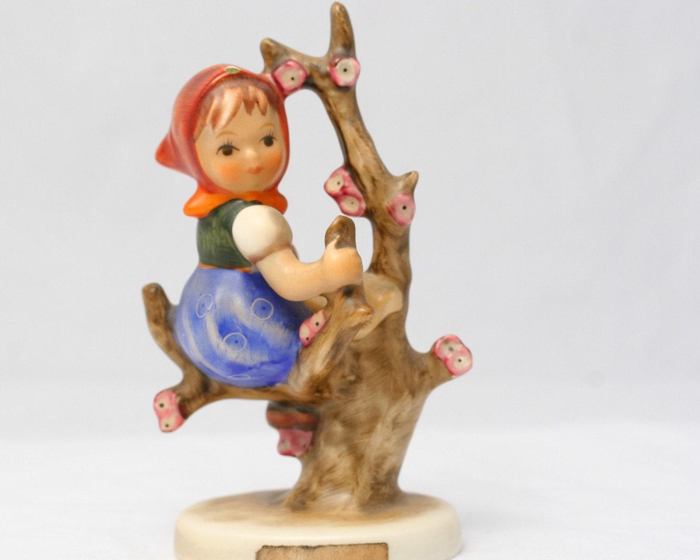 Hummel Figurine Apple Tree Girl 141 Tmk3