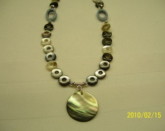Gray and brown shell necklace
