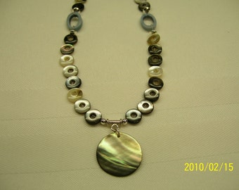 Grey shell necklace