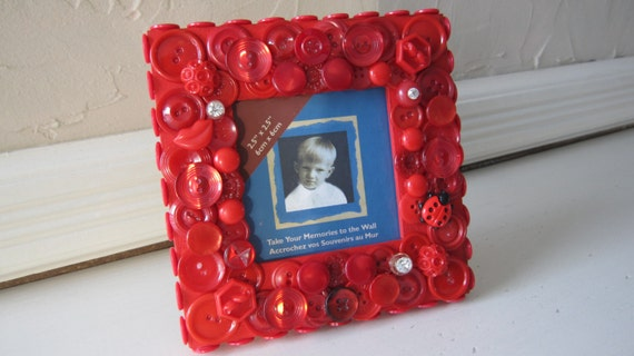 Handmade vintage button, crystal lipstick red picture frame - One of a Kind