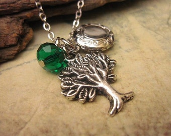 Tree of Life. Locket Necklace, Tree Charm, Bridesmaid Gift, Gift Ideas, Friendship Necklace, Small Locket, Jewelry