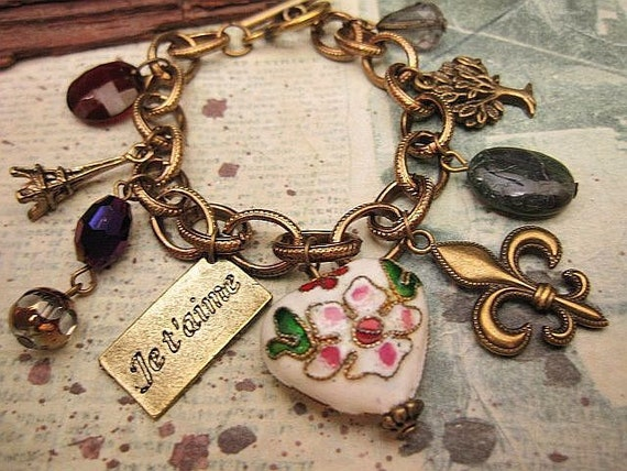 Meet me in Paris. a charm bracelet