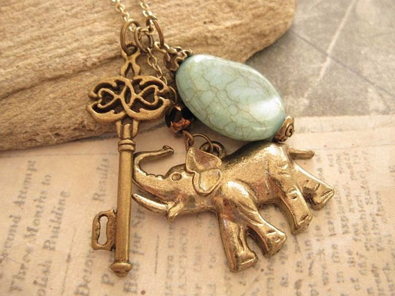 Key to Africa Safari. a charm necklace