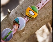 Unique photography pinback buttons, badges. Green, closeup. Optional you pick pictures with free domestic shipping.
