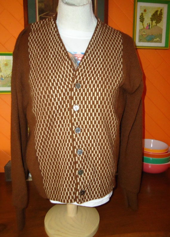 vintage 1950s BROWN acrylic sweater