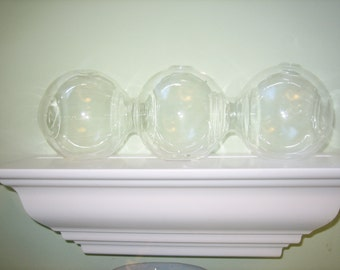 Clear Glass Vessel for Rooting Plant Cuttings - 3 Globes
