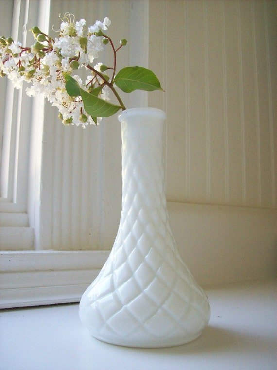 Naturally Nostalgic Milkglass Vintage Vase - Geometric Diamond Pattern with a Shapely Spread