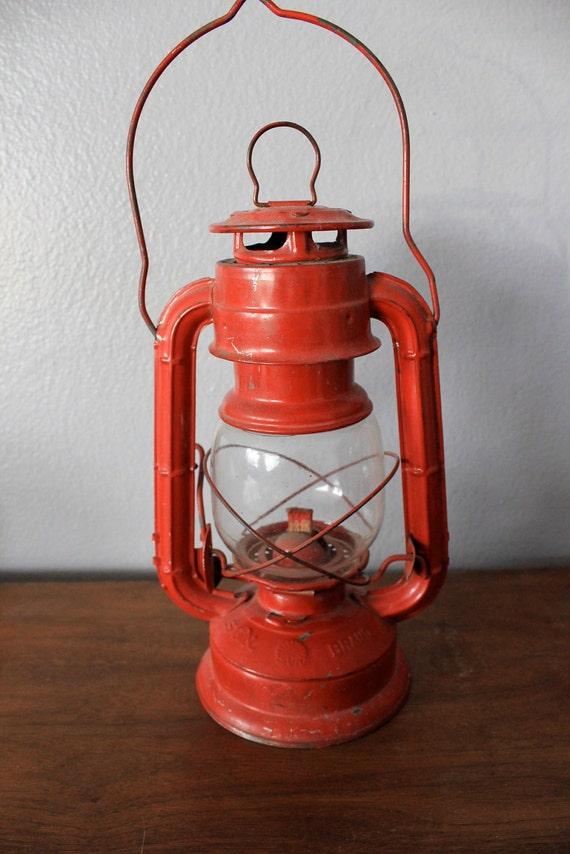 Vintage Sun Brand Cherry Red Kerosene Lantern Lamp Japan