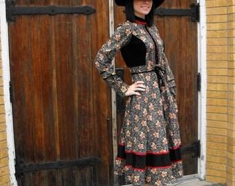 Vintage 70s Gunne Sax Dress Black Floral Print Velvet XS XXS Hippie Boho Prairie