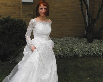 Vintage 50s Wedding Dress Lace Tulle Gown 1950s Formal XS S
