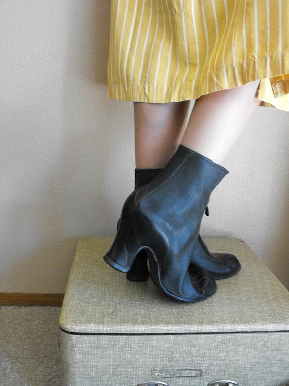 Vintage 40s Rubber Boots Black Heels 8 Nome Galoshes Overshoes