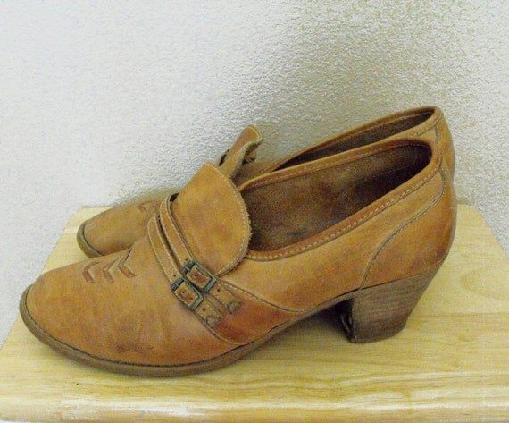 Vintage Shoes 70s Leather Stacked Heel 9 Tan Boho Country Pilgrim Nobils
