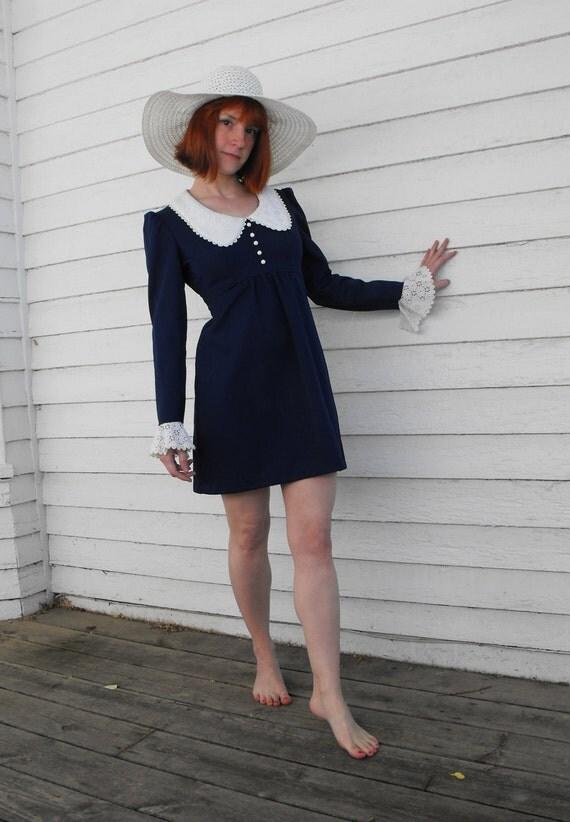 Vintage 70s Mini Dress Blue Eyelet Collar Cuffs Hippie Babydoll Empire XS