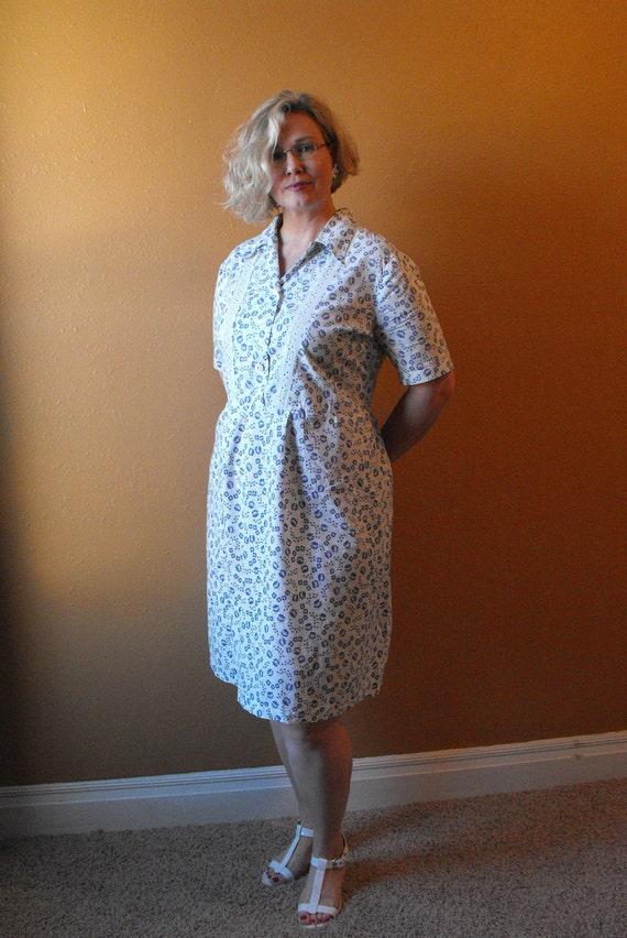 Vintage 50s Dress Floral Print XL XXL Plus White Blue 43 Waist 46 Bust