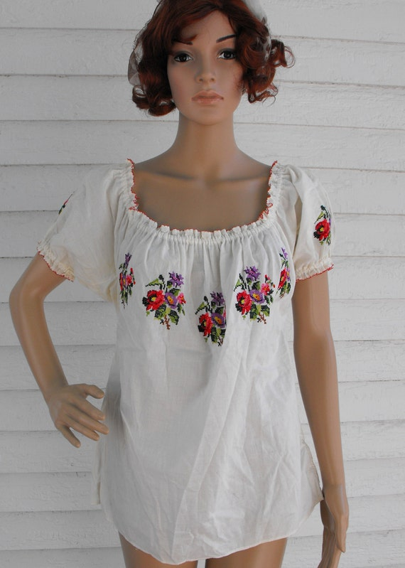 Vintage 50s Peasant Top White Embroidered Floral Cotton M L