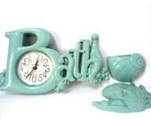 Retro Aqua  Plastic BATH Bathroom Clock - Fish and Seaweed  Shell Wall Pocket - Turquoise - Battery Operated