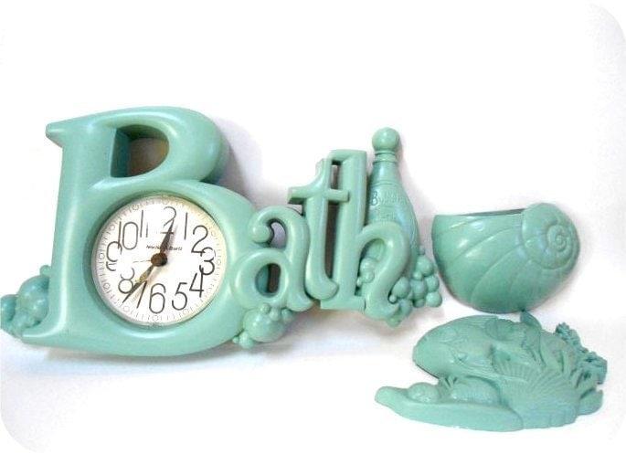Retro Aqua Plastic Bath Bathroom Clock Fish And Seaweed