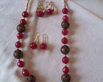 CLEARANCE! Sale! Fun Red Jade, Gold and Copper Necklace and Earrings