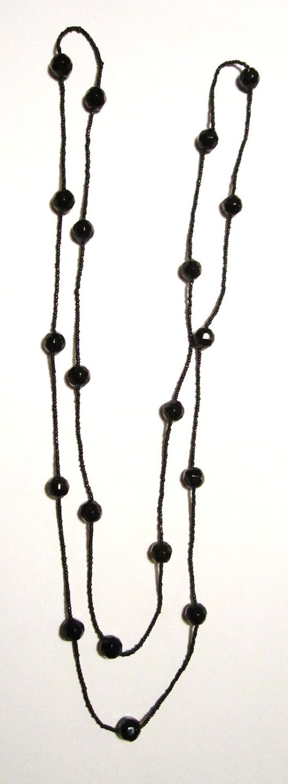 Black Art Deco Flapper Glass Beaded Necklace