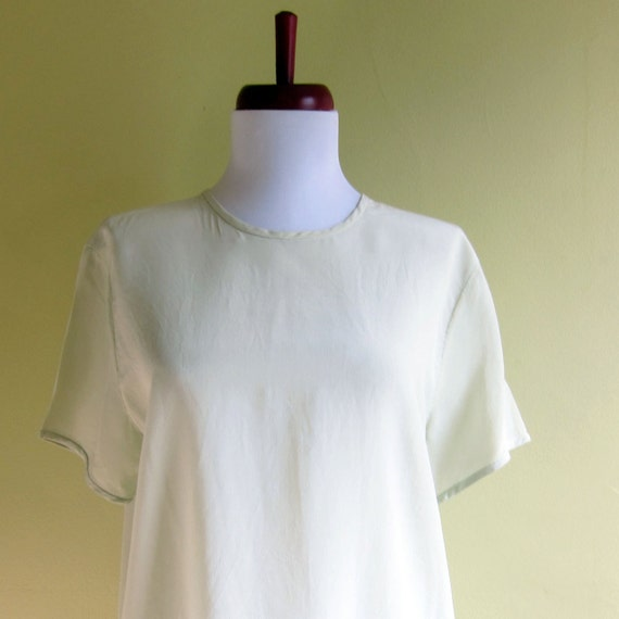 Vintage 1990s Blouse / PALE CELADON SILK Slouch T-Shirt Size Small Medium