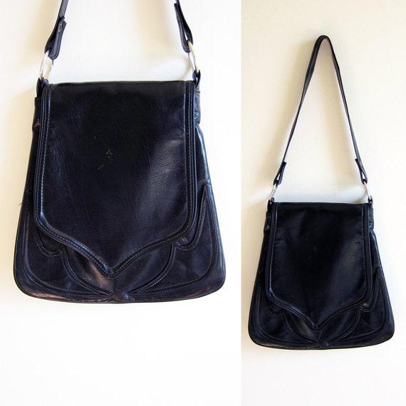 Vintage 1970s Purse / Black Leather BOHO Appliqued Shoulder Bag with Flap