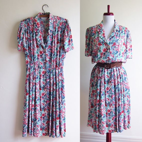 Vintage 1960s Dress / Floral SPRING BLOSSOM Shirt Dress / Size 14 Large Plus Size