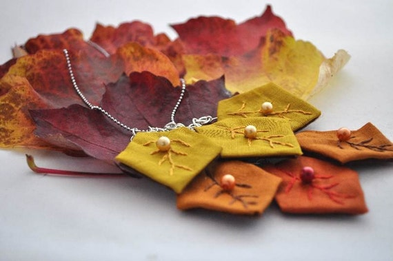 Autumn Leafs Fabric Necklace