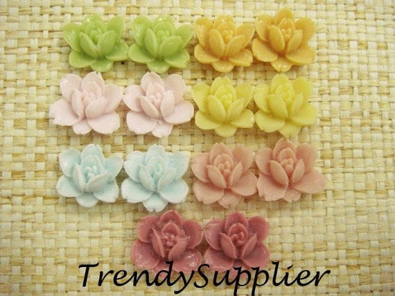 14 pcs Colorful Petite Rose Cabochon (013-ASS03)