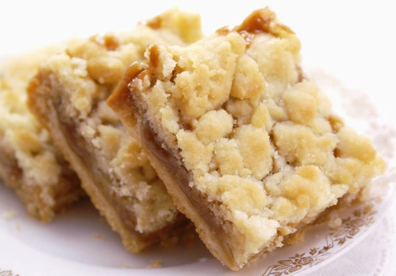 Buttery Salted Caramel Shortbread Bars - Gift Box of 8 Bars