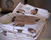 Set of 4 Baby Burp Cloths - Monkey Print with Brown Flannel (1)