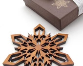 Sustainable Wood Christmas Tree Ornament - Detailed Laser Cut Snowflake Design in Chocolate Gift Box . Timber Green Woods