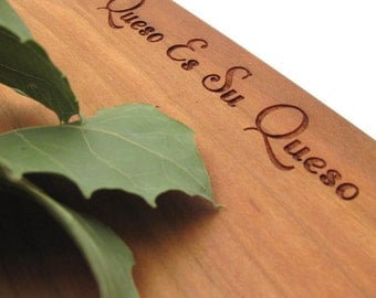 """Engraved Cheese Board - """"Mi Queso Es Su Queso"""" . Sustainable Cherry Wood Board . Timber Green Woods"""