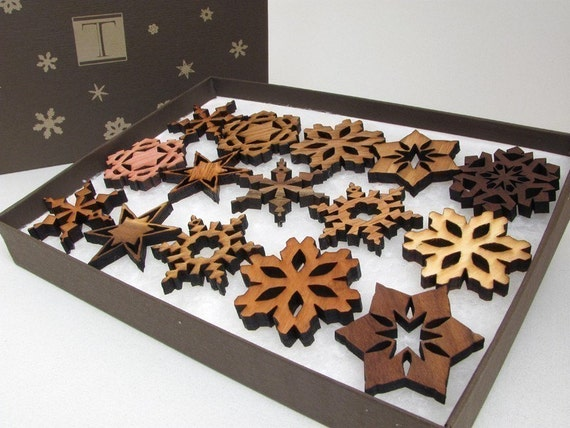 Wood Mini Snowflake Ornament Set (15)