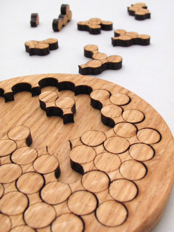Woodworking jigsaw with popular innovation for Puzzle cutting board plans