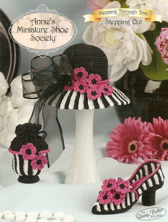 Annies Minature Shoe Society Stepping Out Shoe Crochet Leaflet