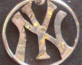Reserved for Andrea (NY Yankees design on a 2014 quarter)