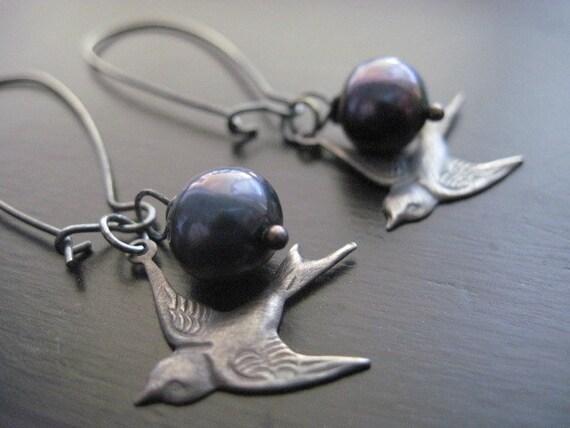 Black Freshwater Pearl Earrrings, Oxidized, Bird Charm, Sterling Silver