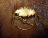 VINTAGE C.R. HETTEL 12K GOLD FILLED ART DECO ETCHED OAK LEAF BROOCH