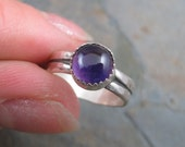 Purple Amethyst Button - Sterling Hammered Band Ring sz 5