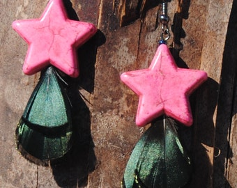 Pink Earrings - Pink Turquoise Stars with Iridescent Feather Earrings - Chunky Jewelry - Dangle Earrings - Feather Earrings - R50