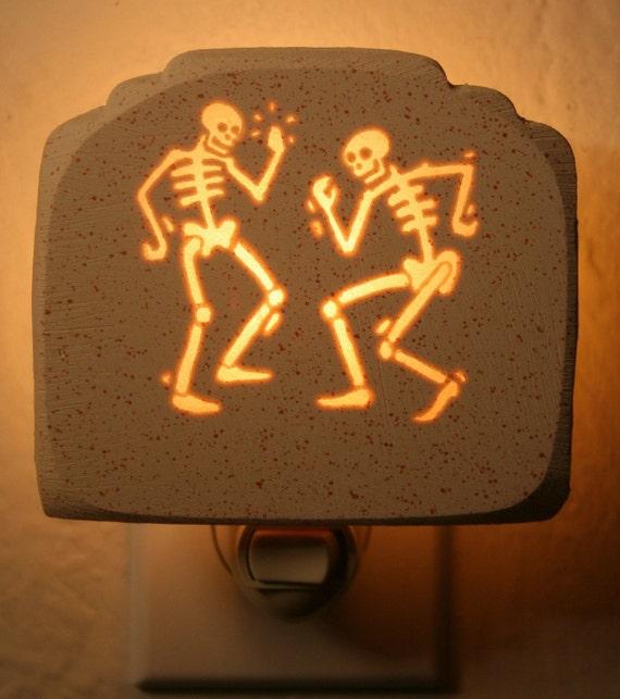 Dem Bones Gonna Dance Around