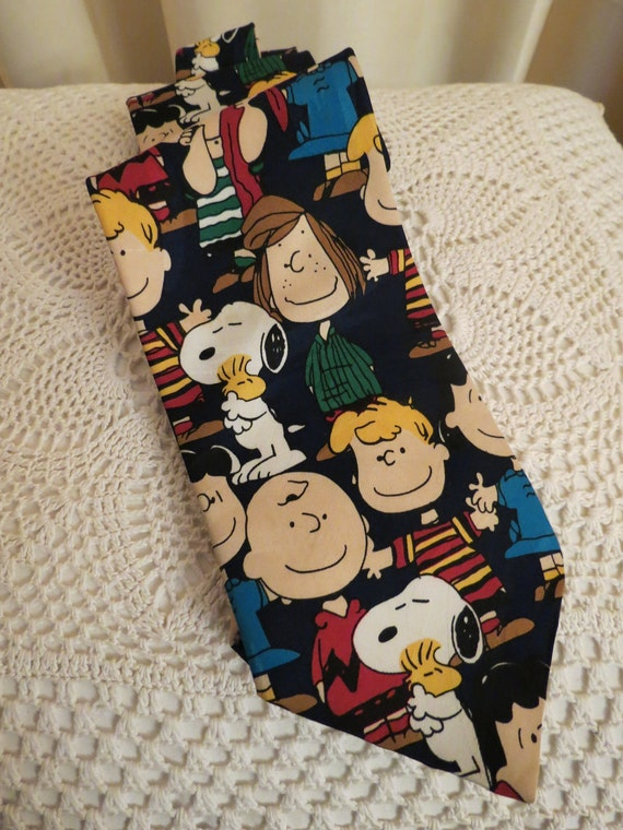 Vintage Peanuts Characters Mens Novelty Collector's Tie