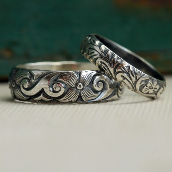 Wedding Band Set in Sterling Silver