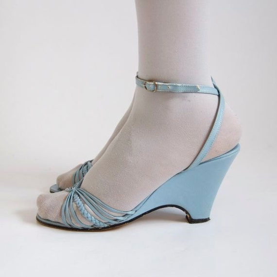 vtg light blue pleather wedge strappy sandals us. Black Bedroom Furniture Sets. Home Design Ideas