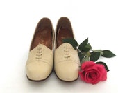 Ivory Leather, Lace Detail Shoes - Vintage Heels