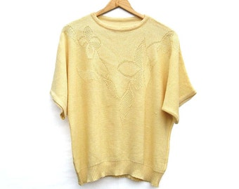 Soft Yellow - Short Sleeve Knit Blouse/Top - Vintage Knitwear