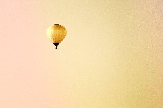 Balloon, photograph 20x30 inch