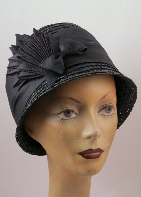 The Black Raven Cloche hat - straw with ribbon Wing and bow 1920s