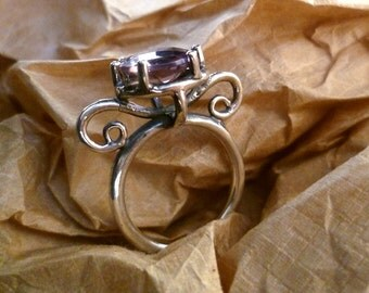 Victorian  Ring oval  facet cut amethyst 9x6mm with  silver 925 ct